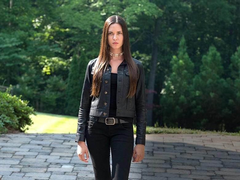 Mujeres que amamos: Odette Annable – Banshee – It's ...