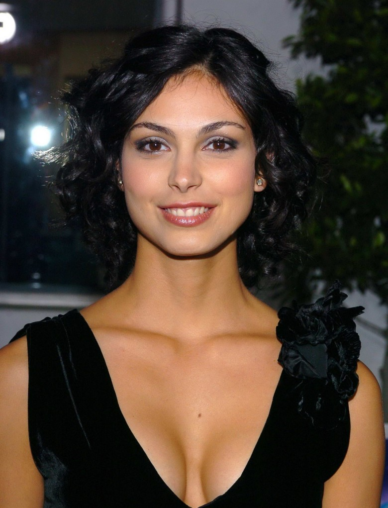 ¿Cuánto mide Morena Baccarin? - Real height Morena_Baccarin-780x1021